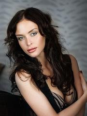 Very beautiful face, sexy profiles,..