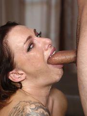 Big jugged Juelz Ventura opens her sexy..