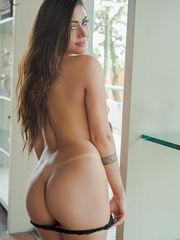 Amanda Maquellen Sexy Latin Bella Club..