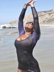 Raven Swallowz Ebony Bikini Model &..