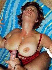 Lucky stud cums on ginormous mature..