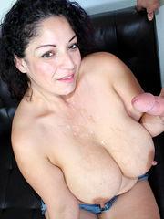 Over 40 Handjobs Raquel Raxxx Regular..