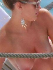 bombshell celebrity: Amy Willerton..