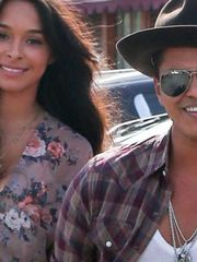 Bruno Mars News Gossip Photos Video..