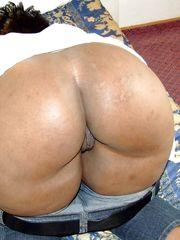 Mature giant ebony bum flick - Cougar