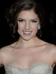 Anna Kendrick - Photos and  Gallery 1