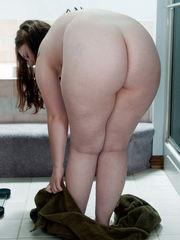 Super-cute chubby virgin Nika - 99  -..