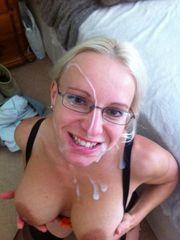Nubie gf in glasses tongues pearl juice..
