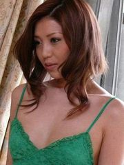Yuna Takizawa eat spunk geyser