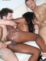 Ebony ultra-cutie Ana Foxxx gets her..