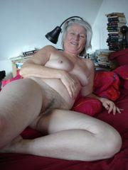 Elderly elder pussy - xxx pictures