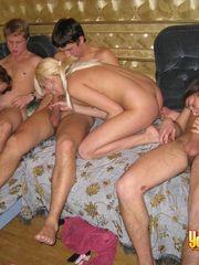 Youngsexparties Cock Enjoying Teen..