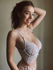 Sophie Mudd Plays With Her Boobs On Web..