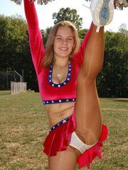 Daisy Duke Cheerleaders Wizards - Bing..