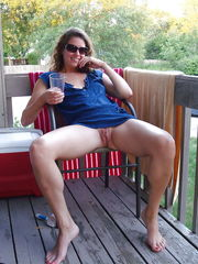 Lovely (spreading milfs) - Pictures -..