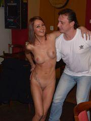 Robert de niros wifey in meet the..
