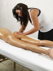Slim Naked Lady and Oily Massage
