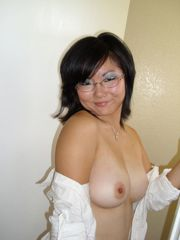 Explicit  of a pretty Chinese ex gf..