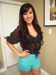 Nude Share -realasians - pretty female..