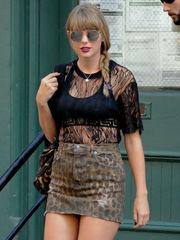 Taylor Fast Upskirt (Photos)..