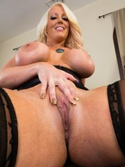 Mature claire dames large huge-chested..