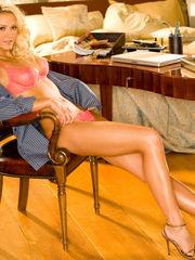 Lindsay Elizabeth Wagner  Hotness..