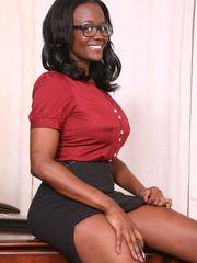 Black mummy secretary undresses pics -..