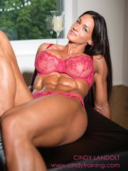 Luxurious Chick Muscle septiembre 2014