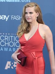 Anna Chlumsky At The 22nd Annual..