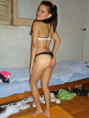 Venezolana muestra la tanga en la..