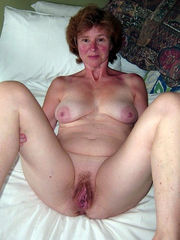 Amateur mature naked at home moms -..
