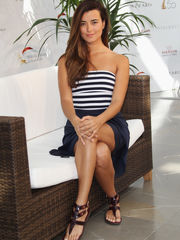 Pics of Cote De Pablo - rock-cafe