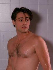 ausCAPS Matt LeBlanc shirtless in..