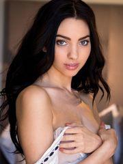 Araya Acosta - Free Picture Gallery -..