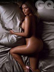 FOTO : Kim Kardashian a její slavné..
