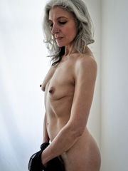 Beautiful mature model - Alexandra B..