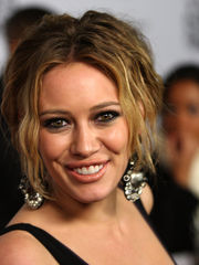 Picture of Hilary Duff - high..