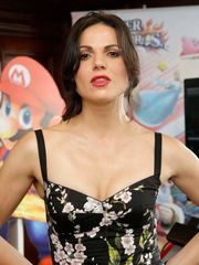 49 Fantastic Images Of Lana Parrilla..
