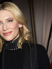 Net-a-porter Hosts LA Dinner With..
