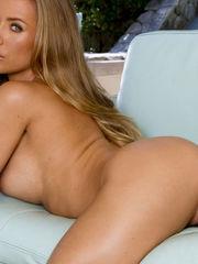Nicole Aniston Nu  Dolls - Free Porno..