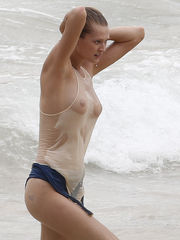 Alecia Moore Bare-chested Beach - Fresh..