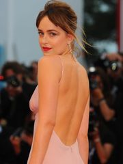 Dakota Johnson Wonderful Bosom Pictures