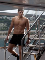 Ashton Kutcher in Killers he was SO HOT..