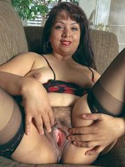 Buxom 45 yr elder latina wifey taunting..