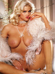 Anna Nicole Smith Nude. Anna Nicole..