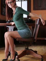 Desire lady office fantasy! Sexy..