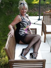 Grandmas matures and cougars upskirt -..