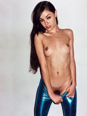 Bare Share -nsfw - Sasha Grey