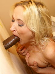 Mature Gloryhole Maturegloryhole Model..