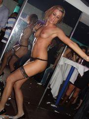 Hot stripper dancing - Mobile Homemade..